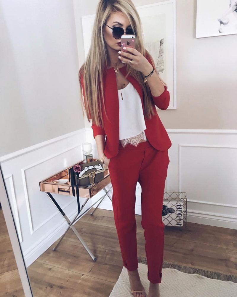 5f589fa19542e Czerwony garnitur damski - gdzie kupić ? , #spodnie, #czerwony, #marynarka,  #granatowy, #garnitur, #garniturdamski, #spodniegarniturowedamskie, ...