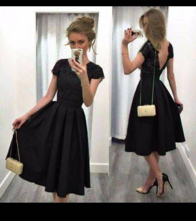 cb7e8aa5 Czarna, rozkloszowana sukienka z dekoltem na plecach