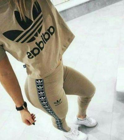 Komplet adidas Originals legginsy i bluzka kolor beżowy